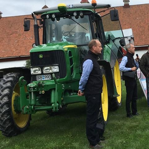 traktorMS600.jpg