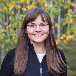 Porträttbild av Sabrina Dressel.