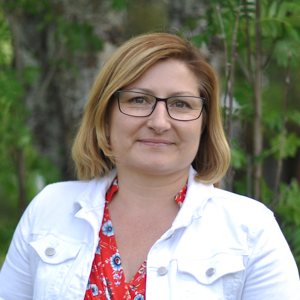 Porträttbild av Camilla Sandström.